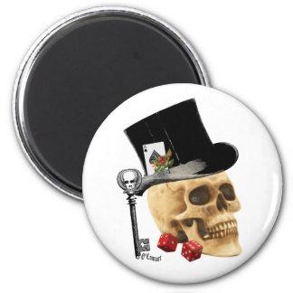 Gothic gambler skull tattoo design 6 cm round magnet