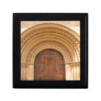 Gothic gate gift box