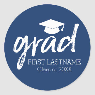 Graduate Modern Lettering Grad 2018 Classic Round Sticker