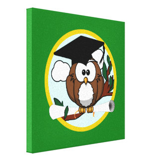 Graduation Owl With Cap & Diploma - Green and Gold Canvas Print