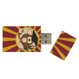 Graduation Owl With Red And Gold School Colours Wood USB 2.0 Flash Drive