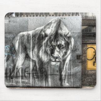 Graffiti Lion, Shoreditch London Mouse Mat