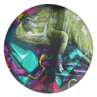Graffiti reptile plate