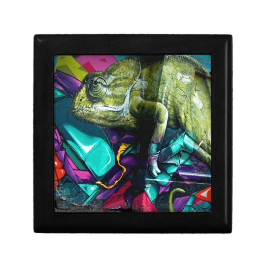 Graffiti reptile small square gift box