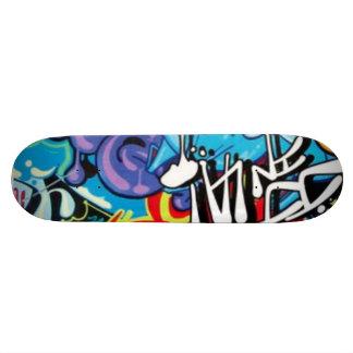 graffiti skateboard
