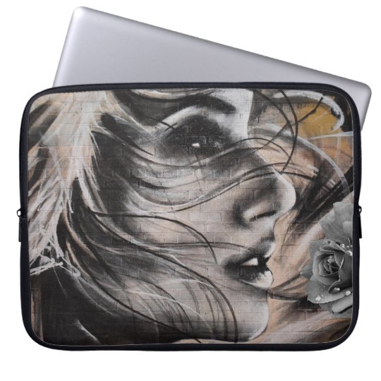 Grafitti woman laptop sleeve