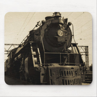 Grand Trunk Western Engine 6335 Mousepads