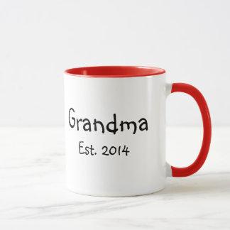 Grandma est. 2014 mug