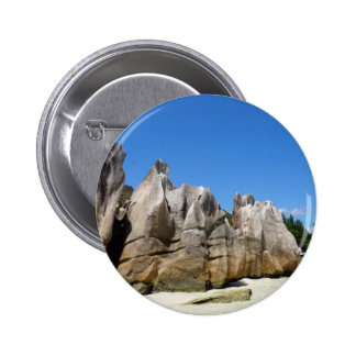 granite rocks 6 cm round badge
