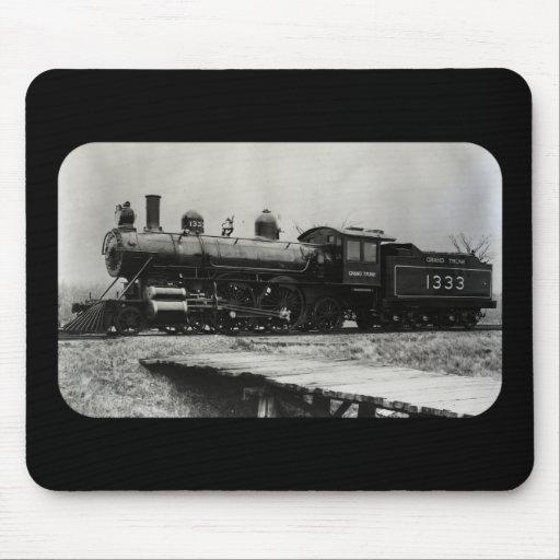 Grant Trunk Western Engine 1333 Mousepad