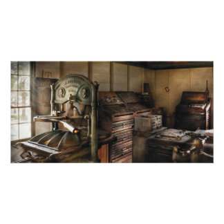Graphic Artist - The Printing Shop Photo Cards