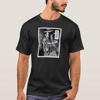 Graphic novel hero pointing a gun T-Shirt