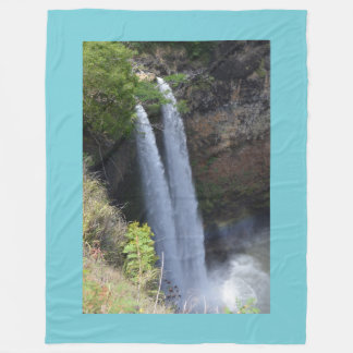 Graphic Water Fall Blanket