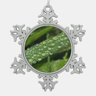 Grass Dew Pewter Snowflake Decoration