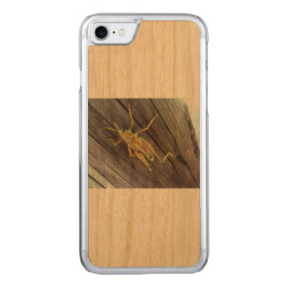 Grasshopper on wood carved iPhone 8/7 case