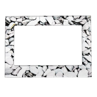 Gravel and slate magnetic frame