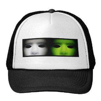 Gray and Green Aliens.jpg Cap