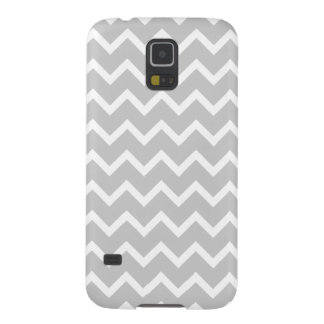 Gray and White Zigzag Stripes. Galaxy S5 Cover