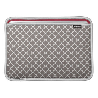 Gray Quatrefoil Clover Pattern Macbook Air Sleeve