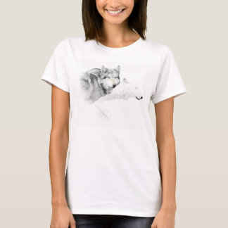 gray wolf and white wolf T-Shirt