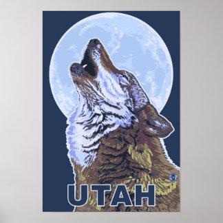 Gray Wolf HowlingUtah Poster