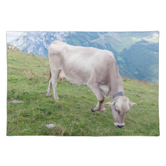 Grazing cow placemat