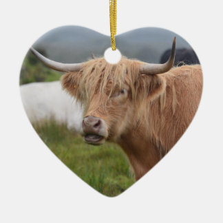Grazing Highland Cow Ceramic Heart Decoration