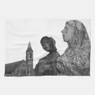 Great Famine of Ireland statues in Dublin Hand Towels