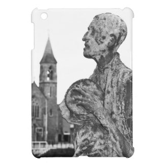 Great Famine of Ireland statues in Dublin iPad Mini Case
