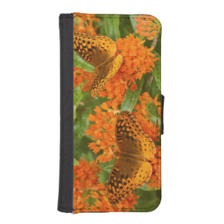 Great Spangled Fritillaries on Butterfly Milkweed iPhone SE/5/5s Wallet Case
