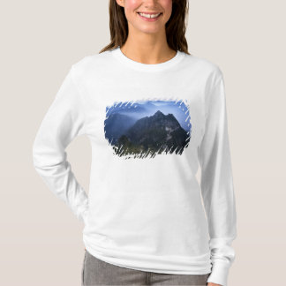 Great Wall in early morning mist, China T-Shirt