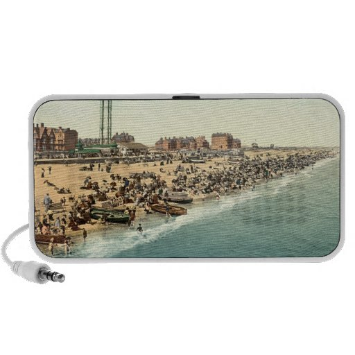 Great Yarmouth Beach and Revolving Tower, Norfolk Notebook Speaker