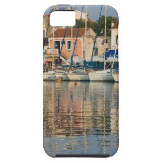 GREECE, Ionian Islands, KEFALONIA, Fiskardo: iPhone 5 Cover