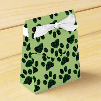 Green and Black Tartan Plaid Paw Print Party Favour Boxes