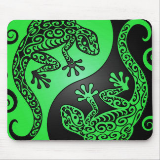 Green and Black Yin Yang Geckos Mouse Mat