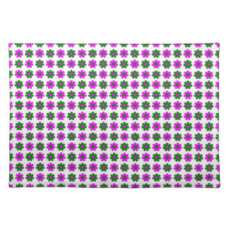 Green and magenta flowers placemat