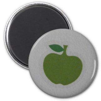 green apple 6 cm round magnet