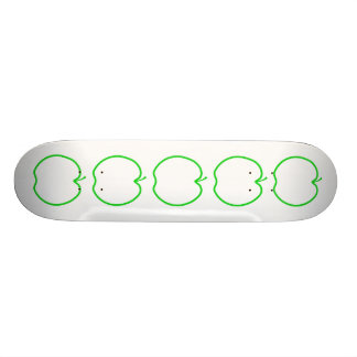 Green Apple Outline. 20.6 Cm Skateboard Deck