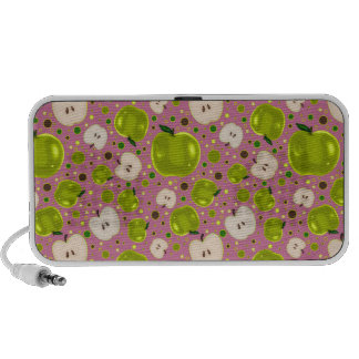 Green Apple Slices Pattern Travelling Speaker