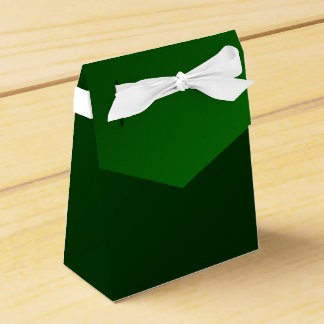 green background favour boxes