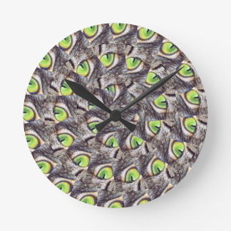 Green Cats Eye Spiral Abstract Pattern, Round Clock