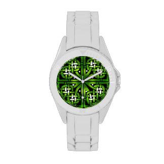 Green Celtic Knot Pattern Wristwatch