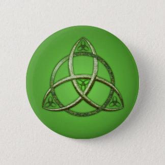 Green Celtic Trinity Knot 6 Cm Round Badge