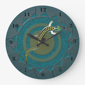 GREEN CROCODILE 39 CIRCULAR/WOOD WALLCLOCK