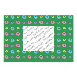 Green donut pattern photograph