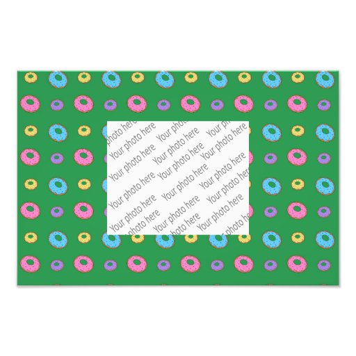 Green donut pattern photograph