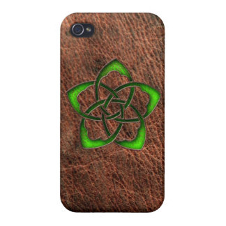 Green enameled celtic flower on leather case for iPhone 4