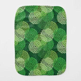 Green floral pattern burp cloth