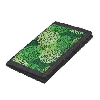 Green floral pattern tri-fold wallet