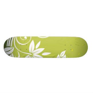 Green Floral Vine Pattern 21.6 Cm Skateboard Deck